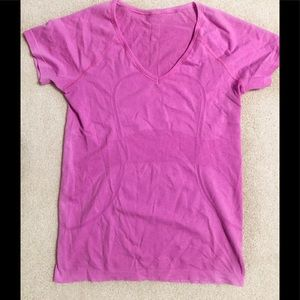 Lululemon Swiftly Tech V Neck Pink T-Shirt